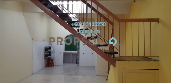 Terrace For Rent in Taman Sri Gombak, Batu Caves Freehold Semi Furnished 3R/2B 1.1k