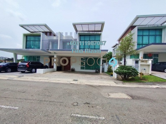 Semi-Detached For Sale in Garden Residence, Cyberjaya Freehold Semi Furnished 4R/5B 1.3m