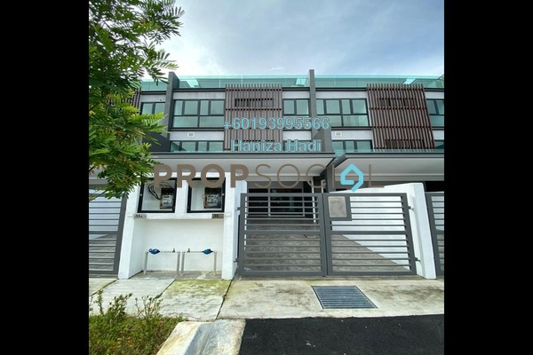 Townhouse For Sale in Villa Domus, Batu Caves Freehold Unfurnished 4R/3B 1.29m