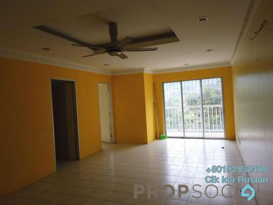 Apartment For Sale in Lakeview Apartment, Batu Caves Freehold Semi Furnished 3R/2B 275k