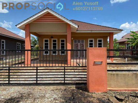 Bungalow For Sale in Kampung Chawah, Tanah Merah Freehold Unfurnished 4R/2B 358k