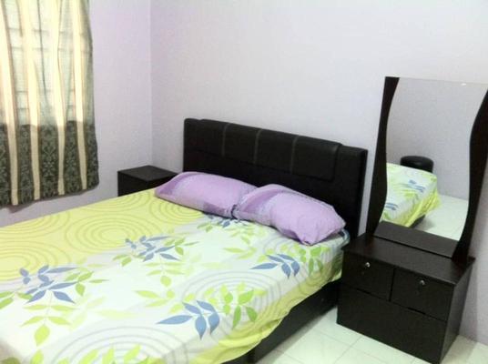 Apartment For Rent in Vista Impiana Apartment, Seri Kembangan Freehold Fully Furnished 1R/1B 800translationmissing:en.pricing.unit