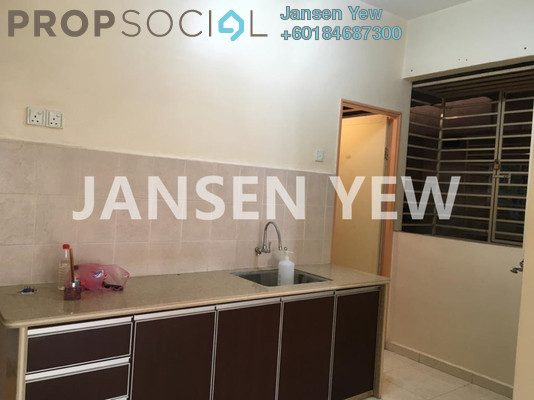 Apartment For Sale in Lavender Park, Jelutong Freehold Semi Furnished 3R/1B 285k