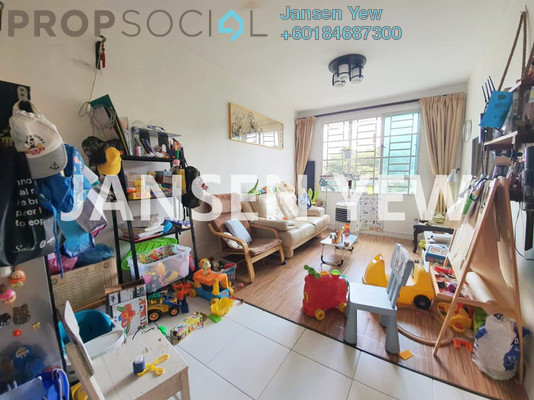 Condominium For Sale in Melody Homes, Farlim Freehold Semi Furnished 3R/2B 350k