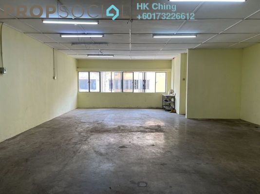 Factory For Rent in Taman Perindustrian Puchong, Puchong Freehold Semi Furnished 1R/1B 5.5k