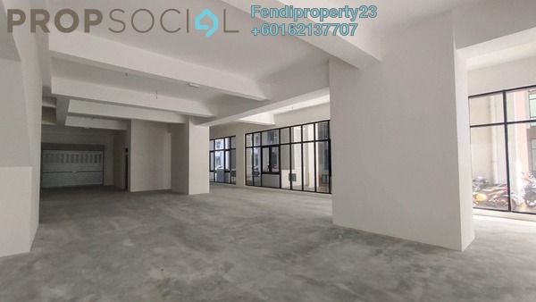 Shop For Rent in Conezión, IOI Resort City Freehold Semi Furnished 0R/1B 3k