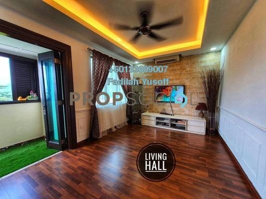Condominium For Sale in Armanee Condominium, Damansara Damai Freehold Semi Furnished 3R/3B 575k