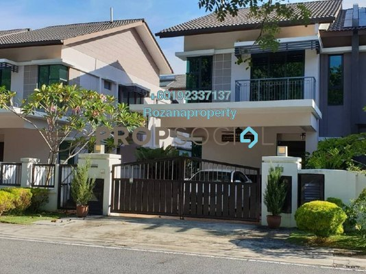 Semi-Detached For Sale in Periwinkle, Bandar Rimbayu Freehold Semi Furnished 3R/3B 1.4m