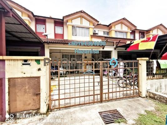Terrace For Sale in Seri Pristana, Sungai Buloh Leasehold Semi Furnished 4R/3B 500k