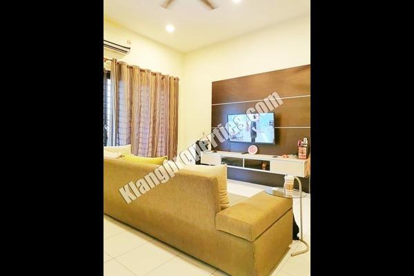 Terrace For Sale in Nobat, Bandar Bukit Raja Freehold Fully Furnished 4R/3B 980k