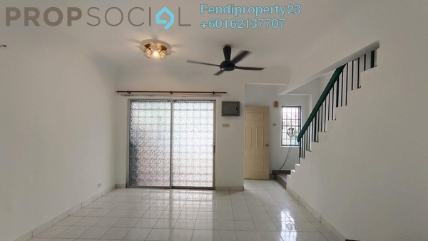 Terrace For Sale in Taman Puchong Utama, Puchong Freehold Semi Furnished 4R/3B 520k