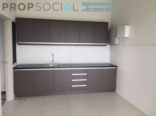 Condominium For Sale in Zefer Hill Residence, Bandar Puchong Jaya Freehold Semi Furnished 4R/4B 630k