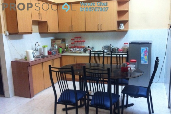 For Sale Terrace at Section 14, Petaling Jaya Leasehold Semi Furnished 4R/2B 710k