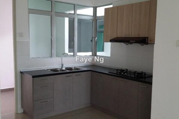 Condominium For Sale in Kiara Residence, Bukit Jalil Freehold Semi Furnished 3R/3B 650k