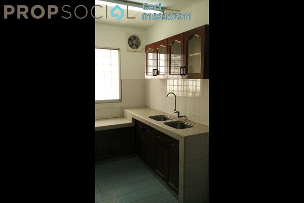 Terrace For Sale in Bandar Country Homes, Rawang Freehold Semi Furnished 4R/2B 455k