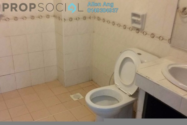 Terrace For Sale in Section 13, Shah Alam Freehold Semi Furnished 4R/3B 608k