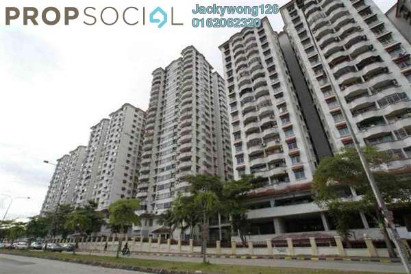 Condominium For Sale in Bukit OUG Condominium, Bukit Jalil Freehold Semi Furnished 3R/2B 430k