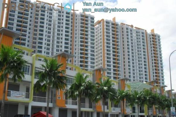 Condominium For Rent in The Zest, Bandar Kinrara Freehold Semi Furnished 3R/2B 1.5k