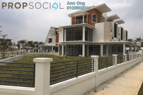 Condominium For Sale in Emerald, Alam Impian Freehold Fully Furnished 4R/3B 1.7m