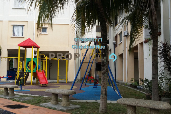 Apartment For Sale in Idaman Court, Bukit Rimau Freehold Semi Furnished 3R/2B 350k