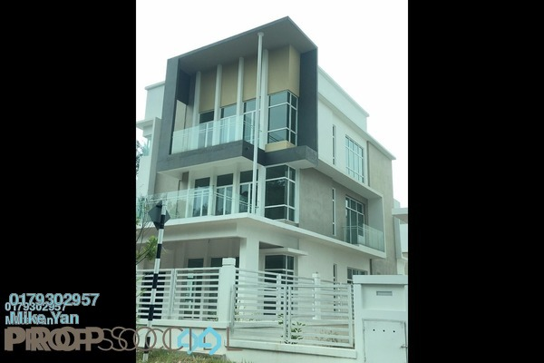 Bungalow For Sale in Bandar Country Homes, Rawang Freehold Unfurnished 6R/5B 1.38m
