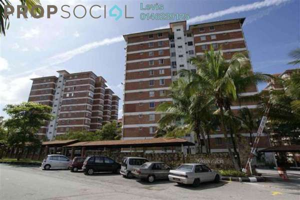 Condominium For Sale in Green Acre Park, Bandar Sungai Long Freehold Semi Furnished 3R/2B 390k