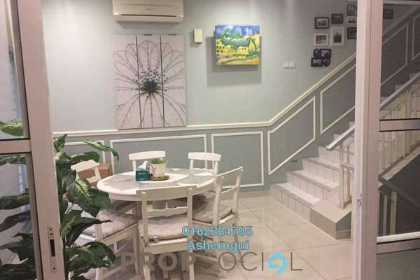 Townhouse For Sale in Chestwood Terrace, Bandar Utama Freehold Semi Furnished 3R/2B 1m