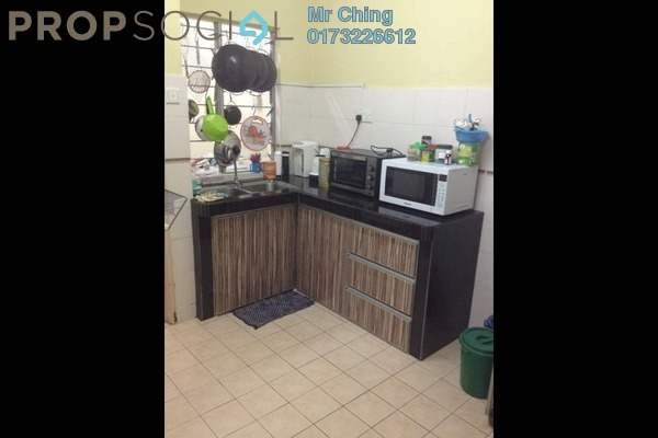 Apartment For Sale in D'Cahaya Apartment, Bandar Puchong Jaya Freehold Unfurnished 3R/2B 320k