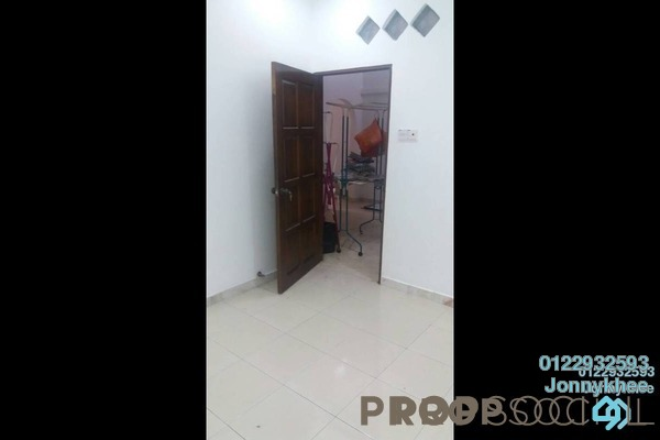 Terrace For Sale in Taman Kepong, Kepong Freehold Semi Furnished 3R/2B 710k