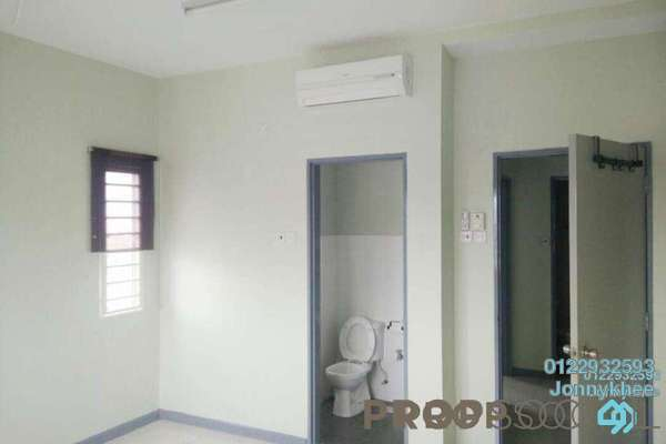 Condominium For Sale in Casa Idaman, Jalan Ipoh Freehold Semi Furnished 3R/2B 410k