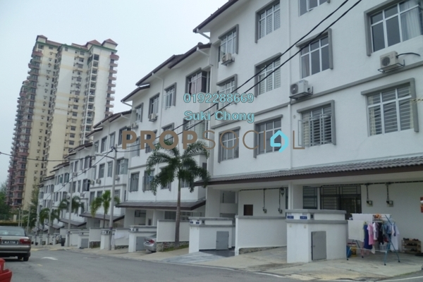 Townhouse For Sale in Taragon Puteri Cheras, Batu 9 Cheras Freehold Unfurnished 3R/2B 300k