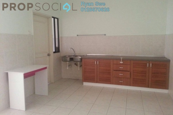 Condominium For Sale in Angkupuri, Mont Kiara Freehold Semi Furnished 4R/2B 850k