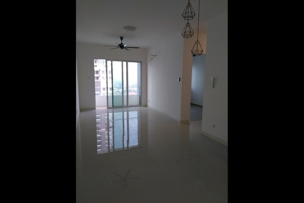 Condominium For Sale in Scenaria, Segambut Freehold Semi Furnished 3R/2B 620k