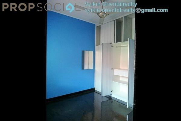 Townhouse For Sale in Villa Laman Tasik, Bandar Sri Permaisuri Freehold Semi Furnished 4R/3B 620k