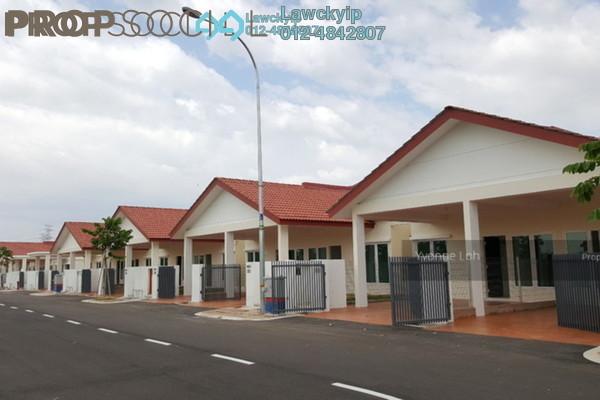 Terrace For Rent in Hijauan Valdor, Simpang Ampat Freehold Unfurnished 3R/2B 780translationmissing:en.pricing.unit