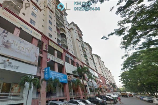 Condominium For Sale in Vista Magna, Kepong Freehold Semi Furnished 3R/2B 268k