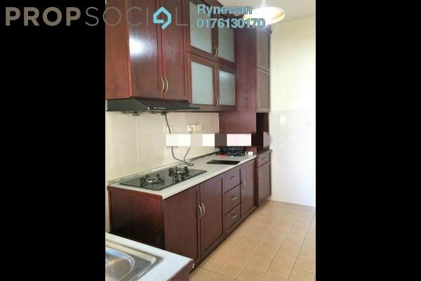 Condominium For Sale in Ken Damansara I, Petaling Jaya Freehold Semi Furnished 3R/2B 700k
