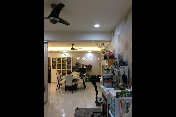 Condominium For Sale in Ameera Residences, Petaling Jaya Freehold Semi Furnished 3R/3B 1.28m