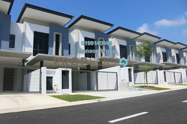 Terrace For Sale in Kajang East, Semenyih Freehold Unfurnished 4R/3B 670k