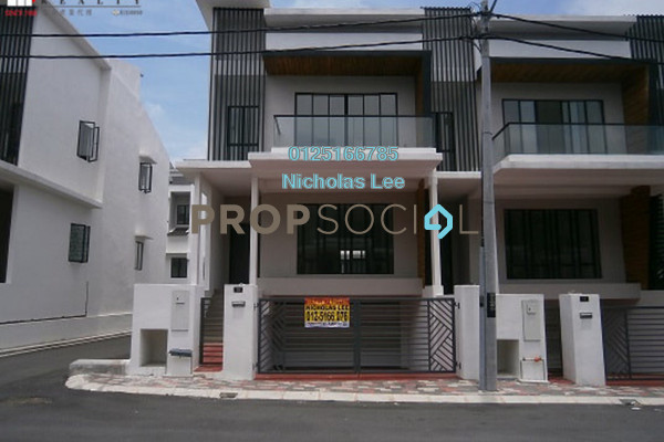 Superlink For Sale in Ipoh South Precinct, Ipoh Freehold Unfurnished 5R/4B 530k