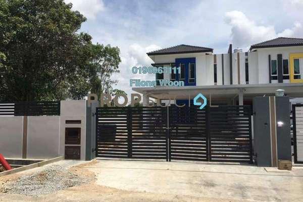 Semi-Detached For Sale in Taman Melaka Baru, Batu Berendam Freehold Unfurnished 4R/3B 788k