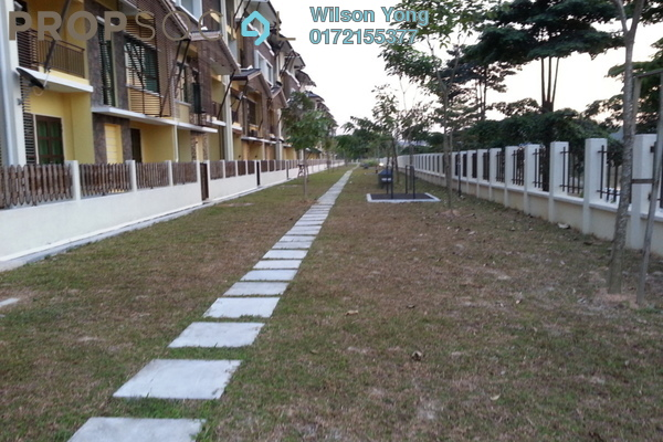 For Sale Townhouse at Lake Valley, Bandar Tun Hussein Onn Freehold Fully Furnished 4R/4B 500k