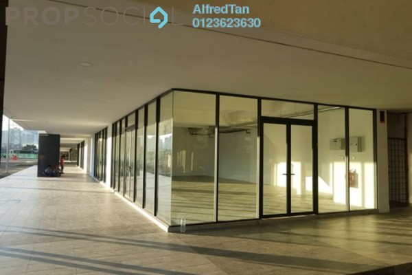 Shop For Sale in KL Traders Square, Kuala Lumpur Freehold Unfurnished 0R/2B 2.5m