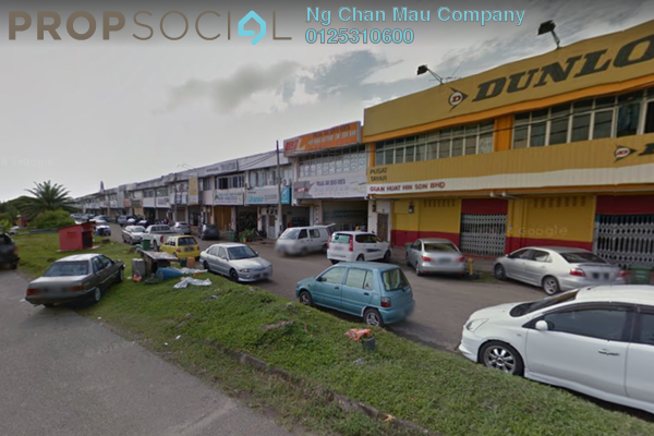 Shop For Sale in Taman Perindustrian Temerloh, Temerloh Freehold Semi Furnished 0R/0B 480k
