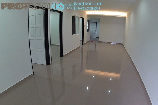 Terrace For Sale in Taman Kepong, Kepong Freehold Unfurnished 3R/2B 750k