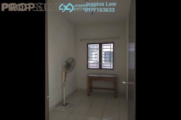Condominium For Rent in Casa Tiara, Subang Jaya Freehold Semi Furnished 3R/2B 1.4k