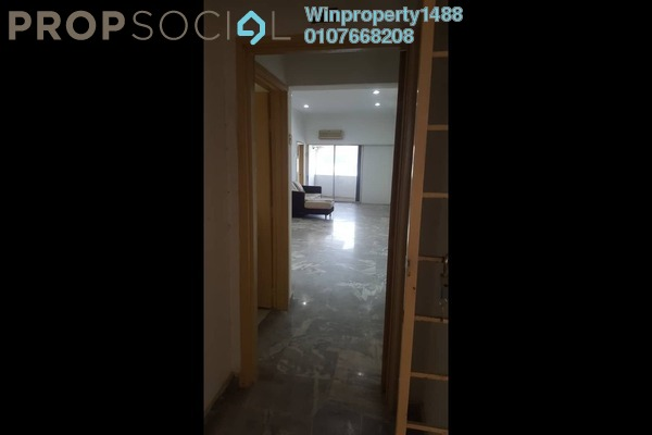 Condominium For Sale in Vantage Point, Desa Petaling Freehold Semi Furnished 3R/2B 330k