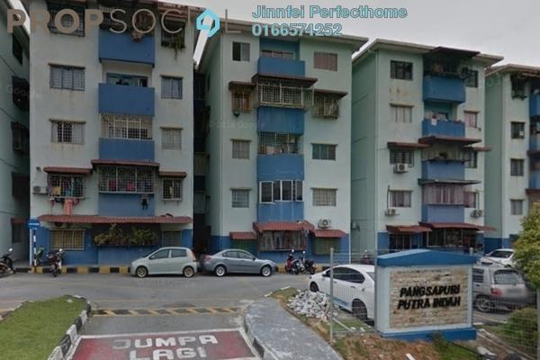 Apartment For Rent in Putra Indah Apartment, Bandar Putra Permai Freehold Semi Furnished 4R/2B 750translationmissing:en.pricing.unit