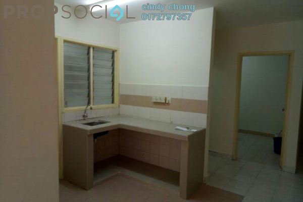 Apartment For Sale in Flora Damansara, Damansara Perdana Leasehold Unfurnished 3R/2B 170k