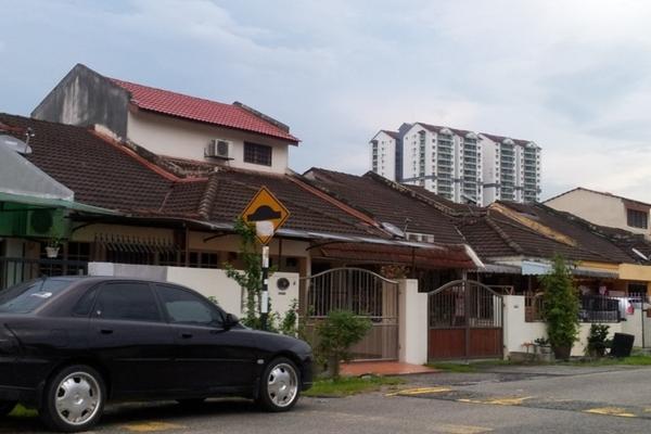 Terrace For Rent in Pandan Indah, Pandan Indah Freehold Semi Furnished 3R/2B 1.8k